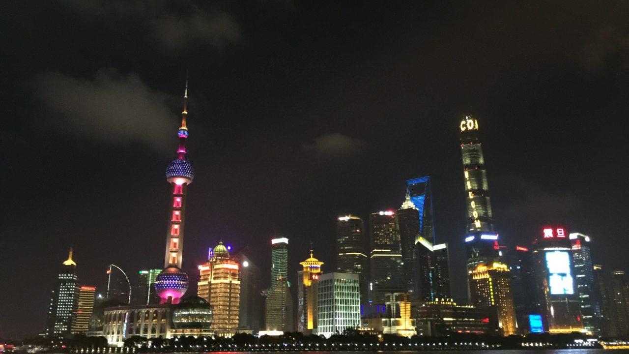 中国は上海の上海タワーに来ています
